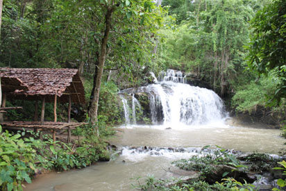 Grand waterfall in Thailand jungle