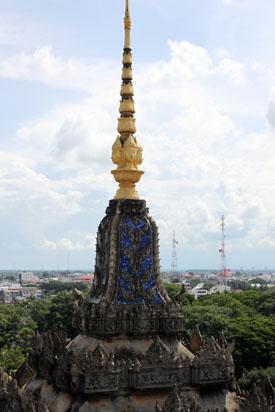 Top pillars of the Patuxai