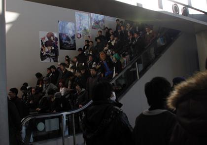 Comiket escalator