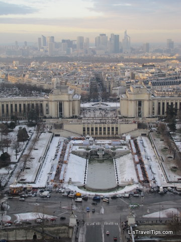 Eiffel Tower view in snow