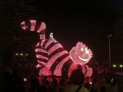 alice on cat on light parade in disneyland